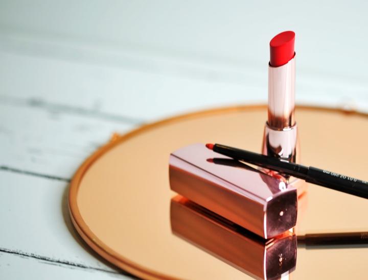 Maybelline's Color Sensational Shine Compulsion Lipstick Levitate Beauty